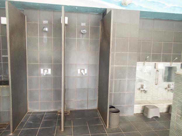 戸越銀座温泉 シャワー