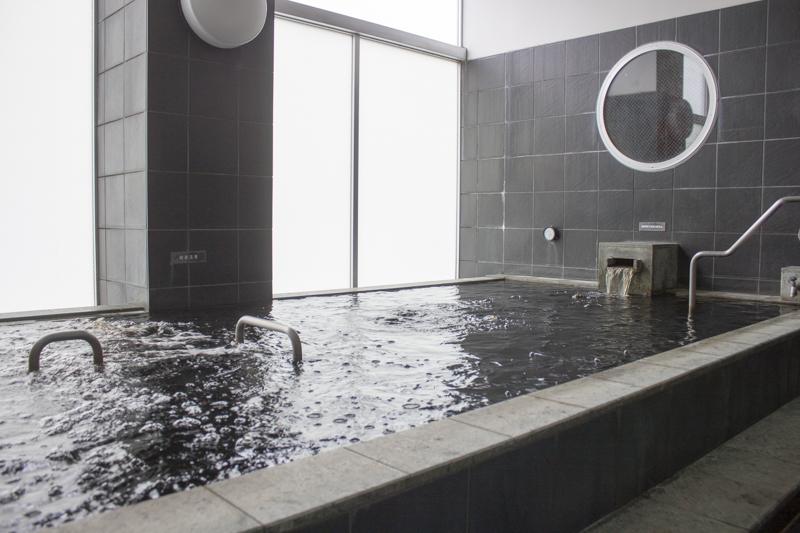 戸越銀座温泉 月の湯