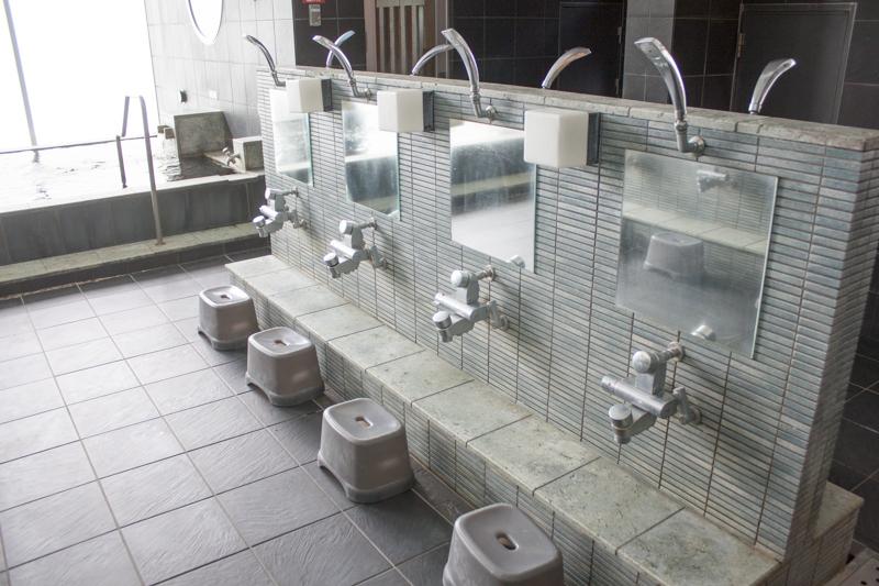 戸越銀座温泉 月の湯 カラン