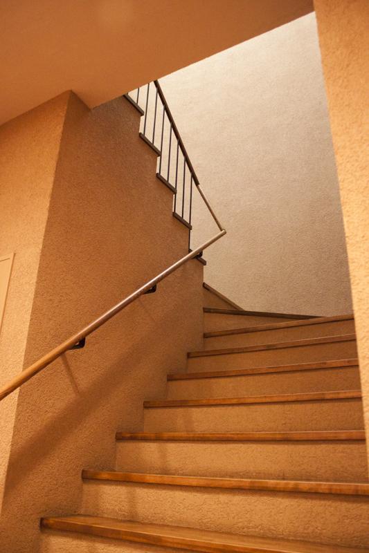 戸越銀座温泉 階段