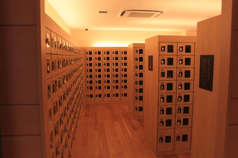 綱島温泉「綱島源泉湯けむりの庄」の靴箱の写真