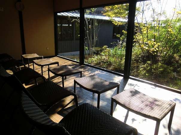杉戸温泉「雅楽の湯」の岩盤浴専用休憩スペースの写真
