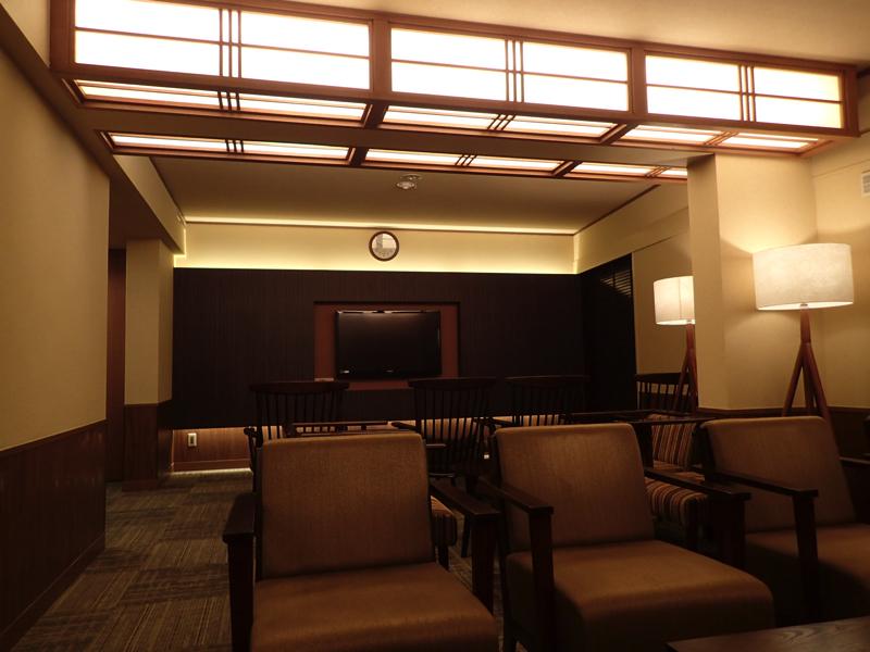 成田温泉「美湯」の休憩スペースの写真