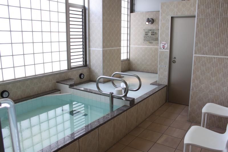 南青山 清水湯の男湯の浴室の写真