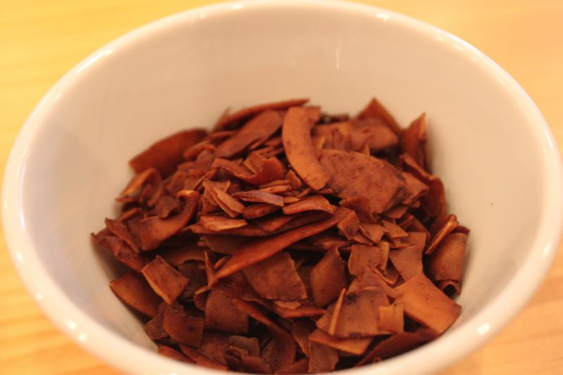 足湯カフェ「ほぐれすと」のココナッツチップスの写真