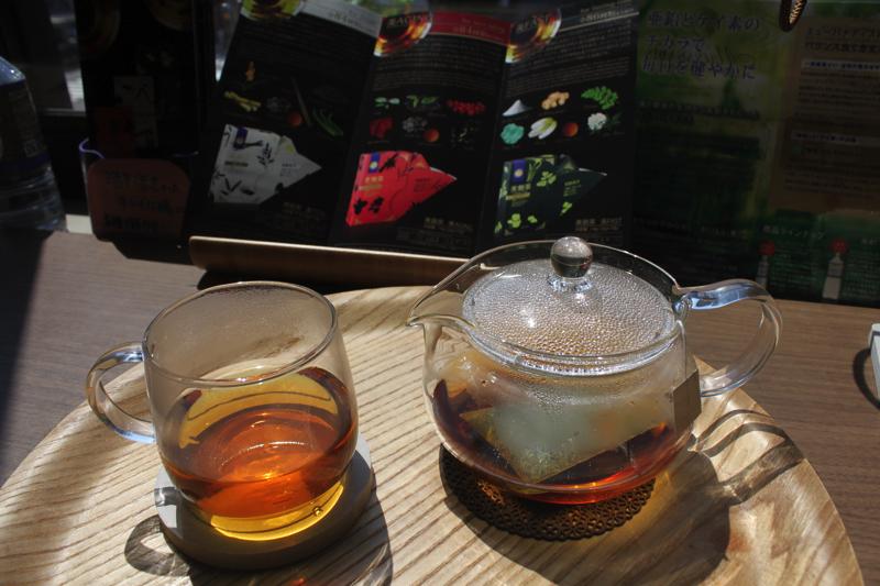 足湯カフェ「ほぐれすと」の発酵ハーブティ 美貌茶の写真