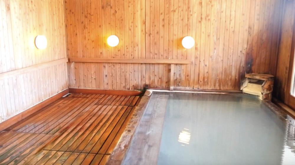 蔵王温泉 松金屋アネックスの源泉眺望風呂の写真