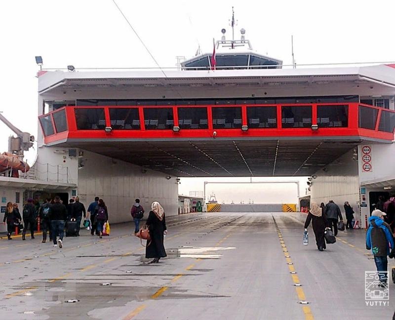 イェニカプ(Yenikapi)港の写真