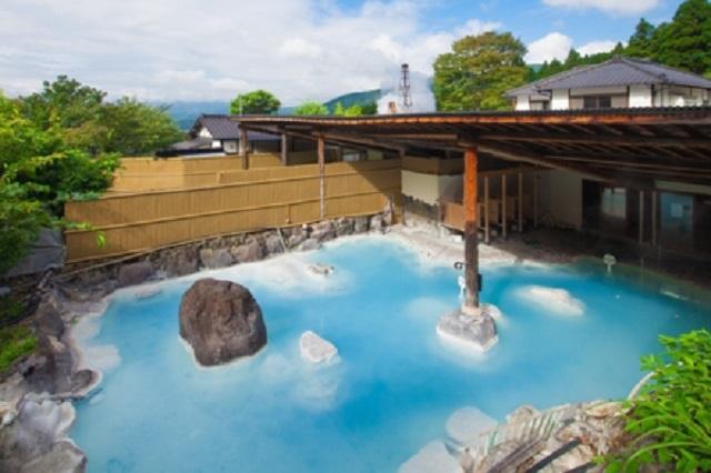 大分・由布院温泉「庄屋の館」の温泉の写真