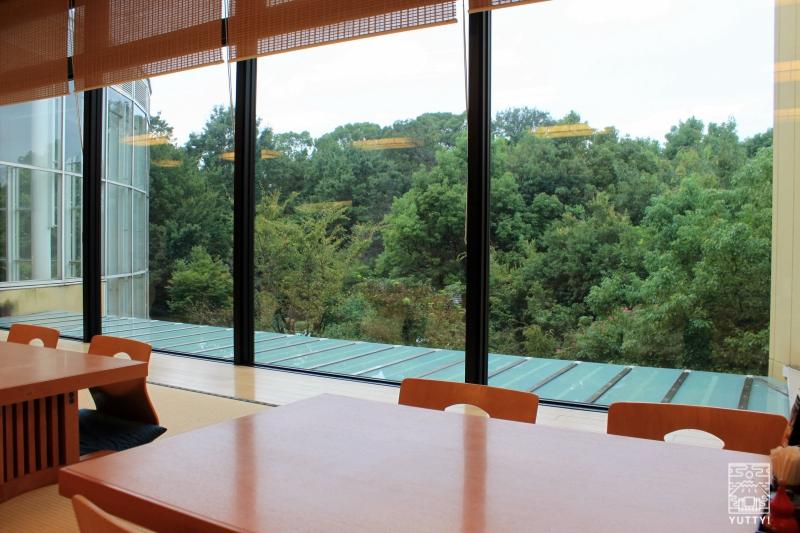 豊島園 庭の湯の「緑水亭」の座敷席の写真