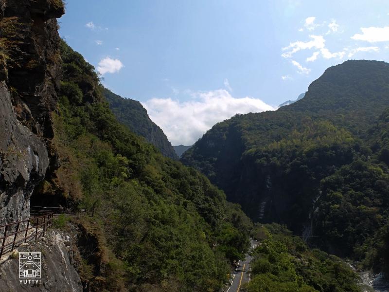 太魯閣渓谷のハイキングコースの写真