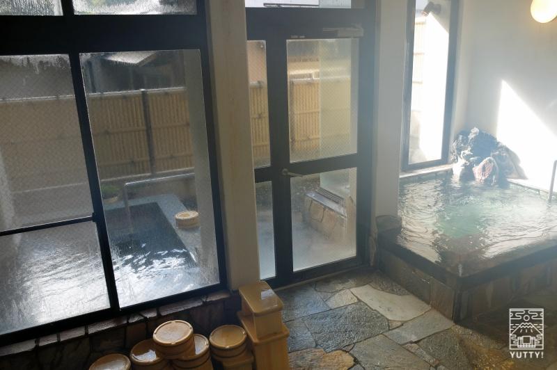 梅ヶ島温泉【湯の宿いちかわ】の内湯の写真