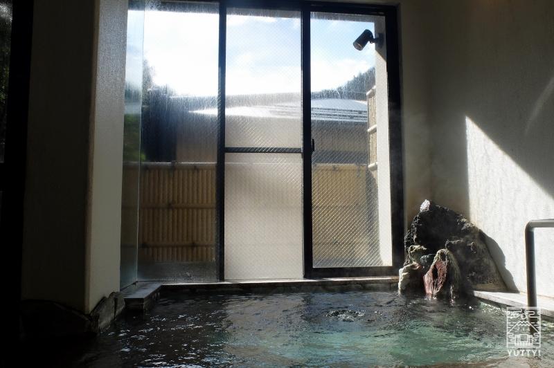 梅ヶ島温泉【湯の宿いちかわ】の浴槽の写真