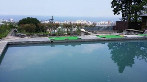 大分・別府温泉「観海寺温泉・いちのいで会館」の露天風呂の写真