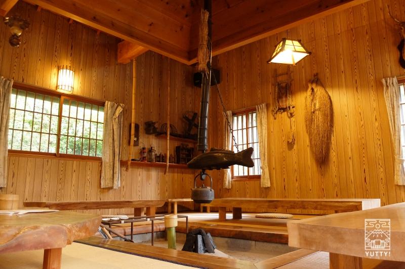 コンヤ温泉【大野木荘】の囲炉裏の写真