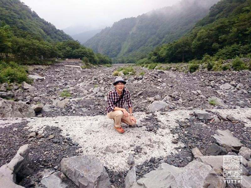 筆者と大谷崩の写真