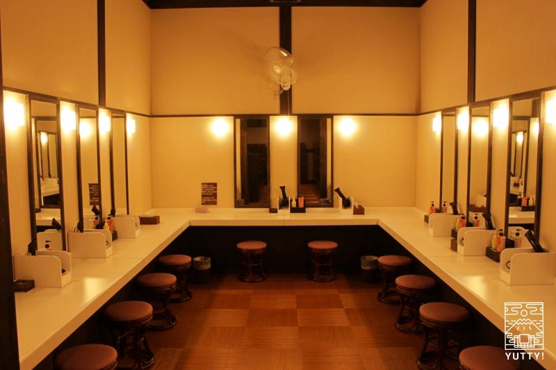 【佐倉天然温泉 澄流】の女湯のドレッサールームの写真