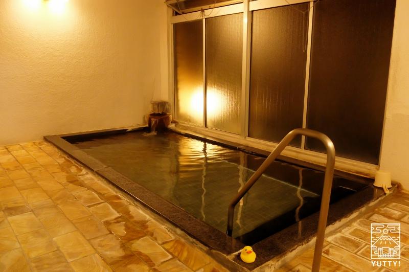 秘境温泉【油山苑】の内湯の写真