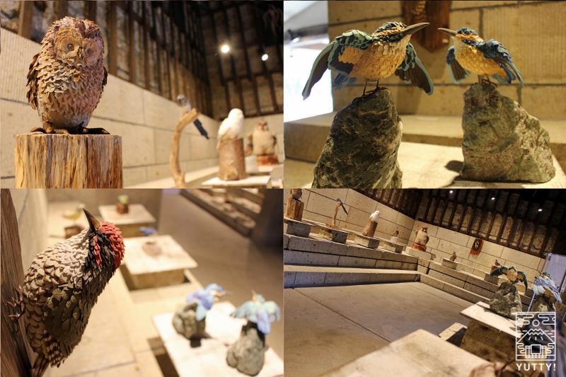 益子焼工房のさまざまなアンティークの写真