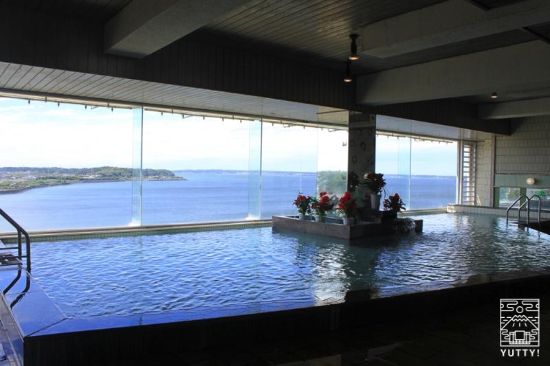 舘山寺サゴーロイヤルホテルのパノラマ大浴場の写真