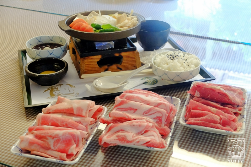 四重渓温泉 清泉日式温泉旅館のすき焼きの写真