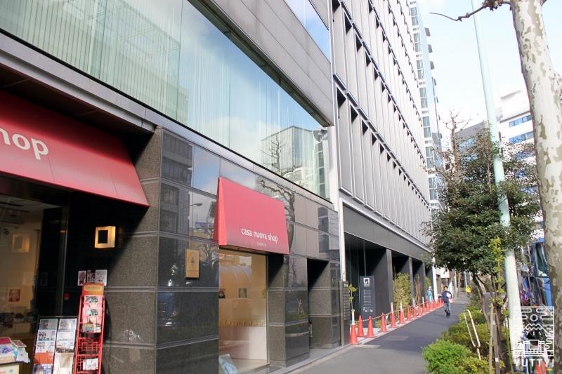東京神田のとあるビルの外観写真