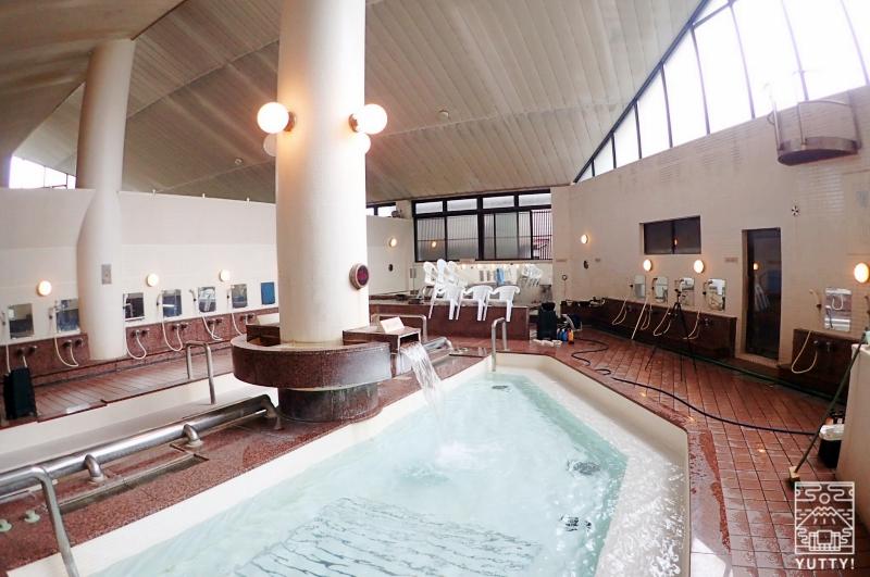 静岡天然温泉 おふろcafe bijinyu 美肌湯  の大浴場の写真