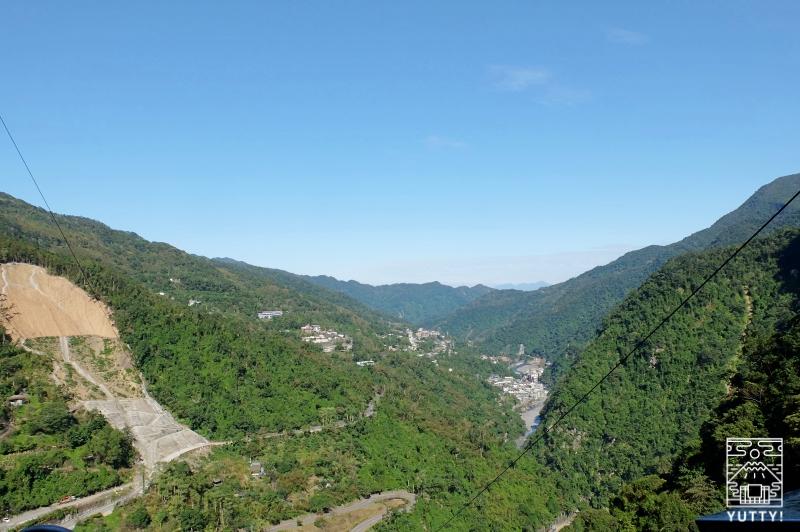 山頂の展望台からの景色の写真