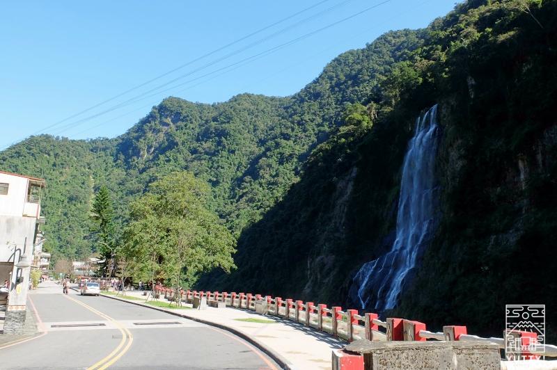 台湾一の滝「烏来瀑布」の写真