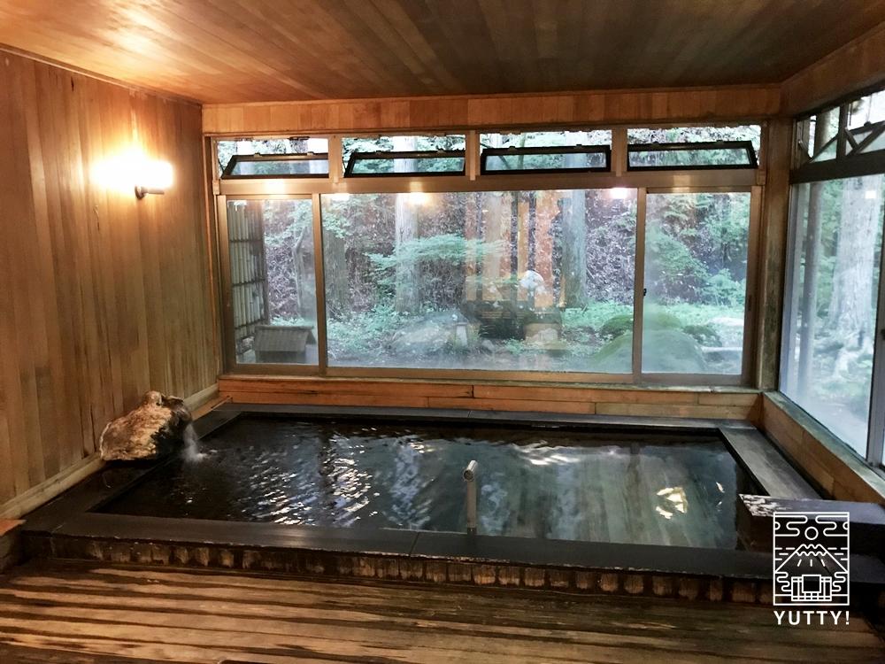 七沢温泉元湯玉川館の大浴場