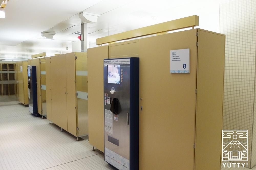 カラカラ浴場のロッカーの写真
