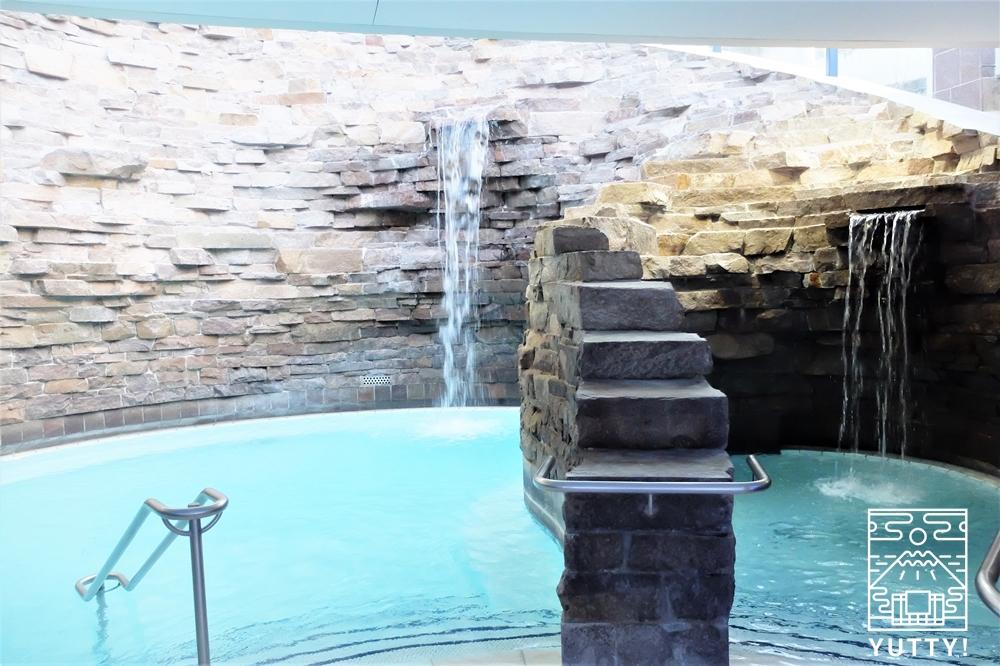 カラカラ浴場の洞窟風呂の写真