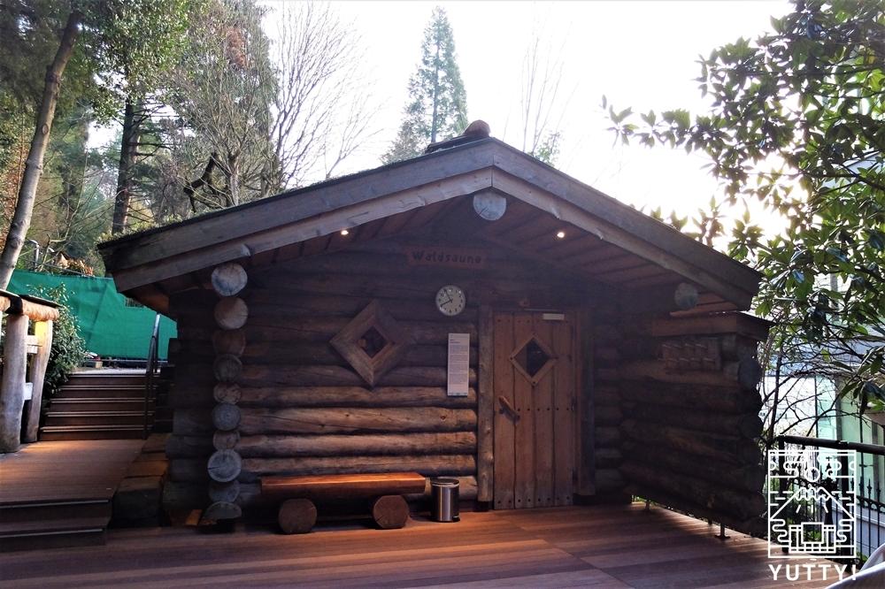 カラカラ浴場のフィンランド風サウナの外観の写真