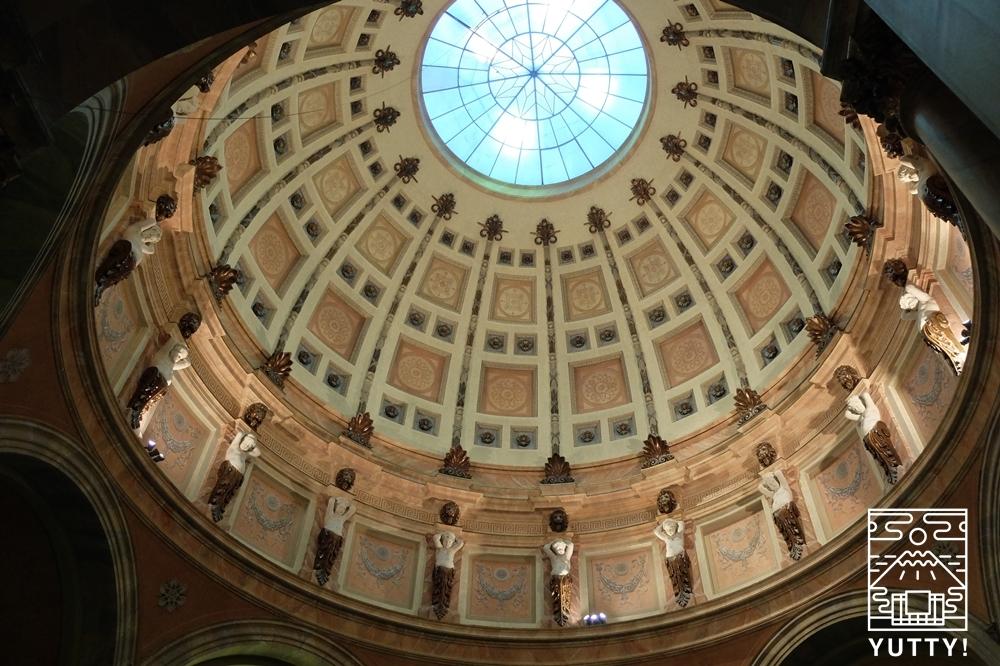 フリードリヒス浴場のローマ風ドーム天井の写真
