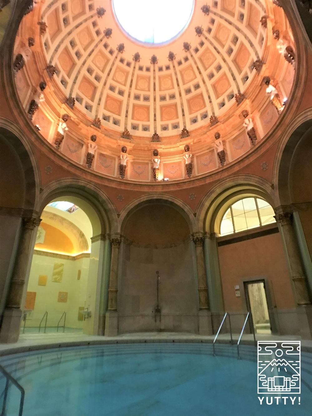 フリードリヒス浴場の見上げる風景の写真