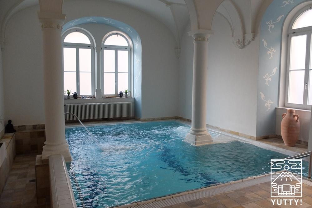 フリードリヒス浴場のエステ利用者限定の浴場の写真