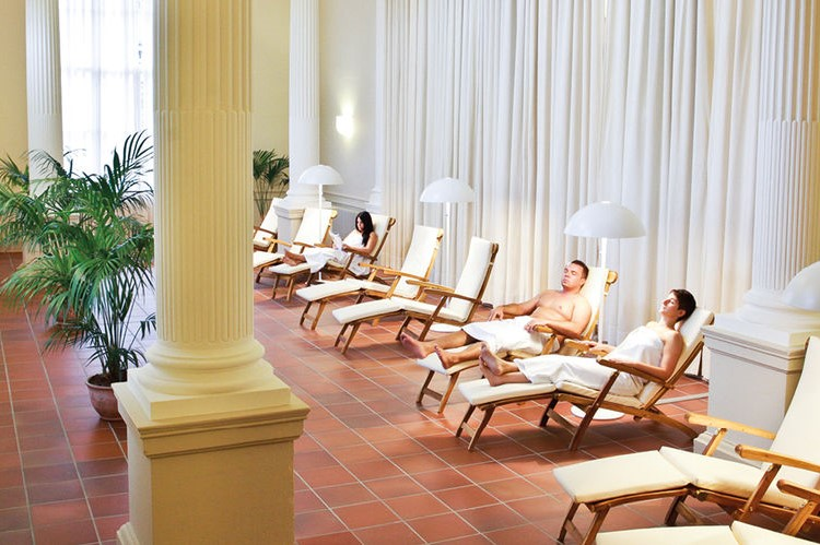 フリードリヒス浴場のリーディングルームの写真