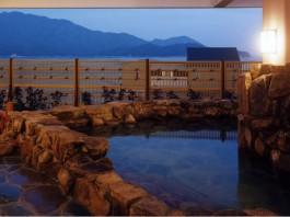 天然温泉 宮浜べにまんさくの湯
